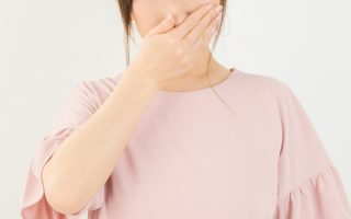 意外に効果的!口臭の原因と自宅で簡単に出来る5つの対策